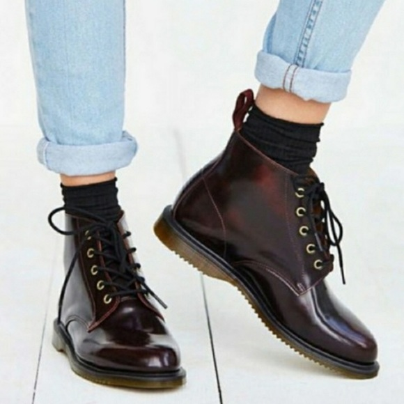 Dr Martens Emmeline 5 Eye Ankle Boots